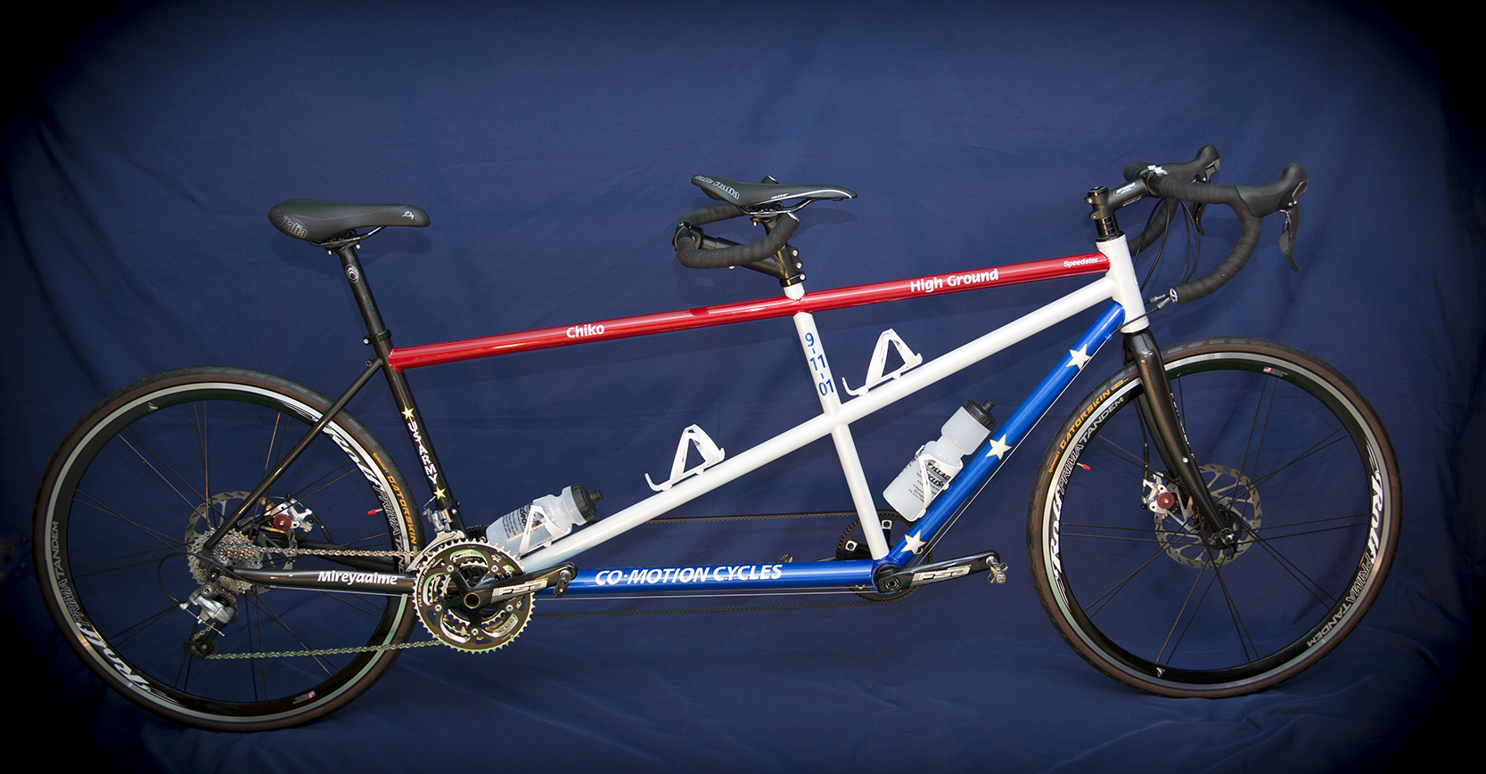 The tandem which Steve rides